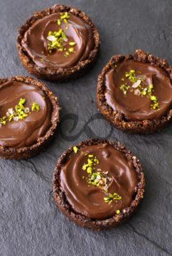 Baharatlı Fıstıklı Çikolata Tartı
