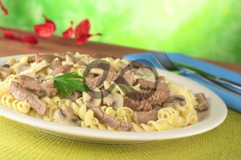 Biftekli & Mantarlı Makarna