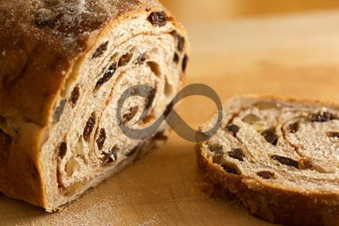 Cevizli Kuru Üzümlü Ekmek