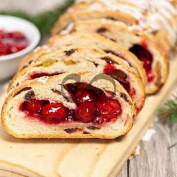 Kirazlı Tatlı Ekmek