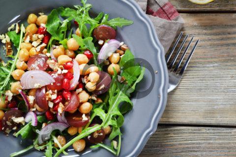 Nohutlu Salata